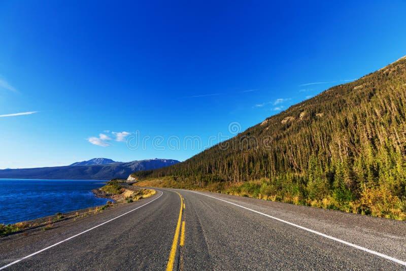 Download Kanada berg fotografering för bildbyråer. Bild av kanadensare - 76704003