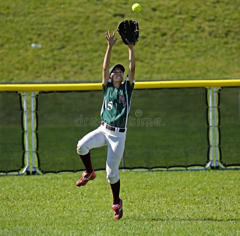 Kanada gier softballa kobiety chwyta piłki pole zewnętrzn zdjęcia royalty free
