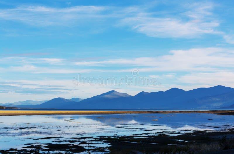 Download Kanada lake fotografering för bildbyråer. Bild av fotvandra - 76704045