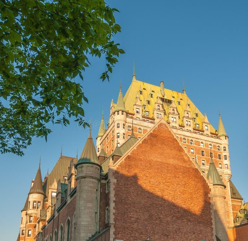 Kanada quebec Majestät av Hotell de Frontenac royaltyfri bild