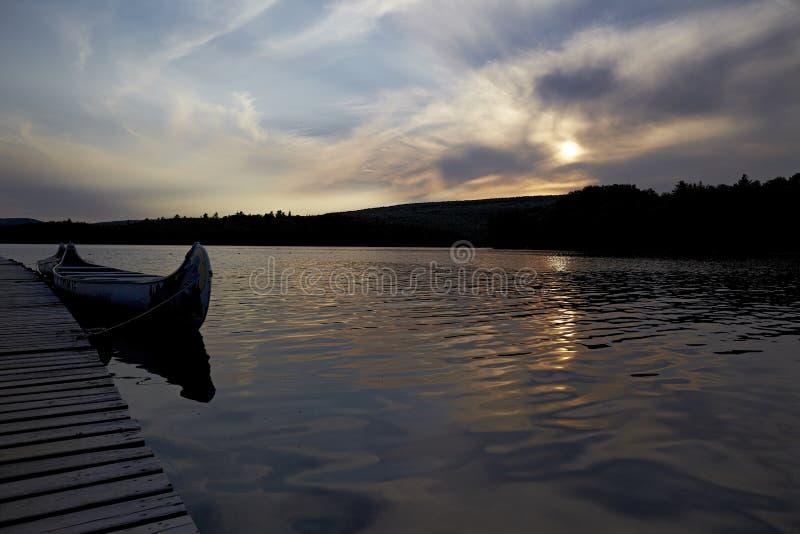 Kanada zmierzchu jezioro zdjęcia stock