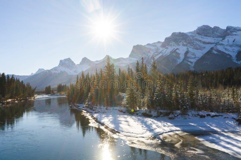 Kanadas Winterlandschaft, Canmore, Alberta stockfoto