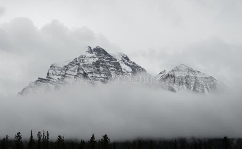 Kanadier Rocky Mountains an Nationalpark Banffs stockfoto