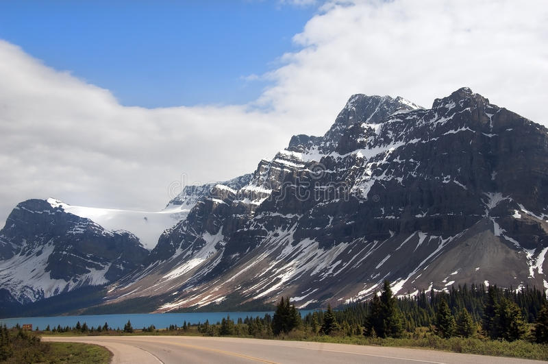 Kanadische felsige Berge lizenzfreies stockbild