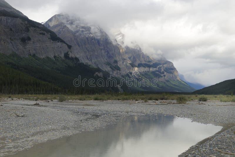kanadyjska gór skalistych pogoda sztormowa obraz royalty free