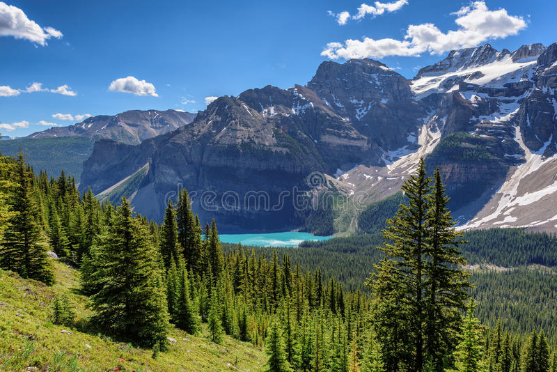 Kanadyjskie Skaliste góry, Morena jezioro w Banff parku narodowym zdjęcie stock