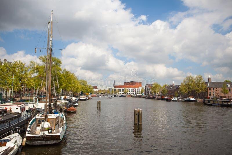 Kanal av Amsterdam arkivbilder