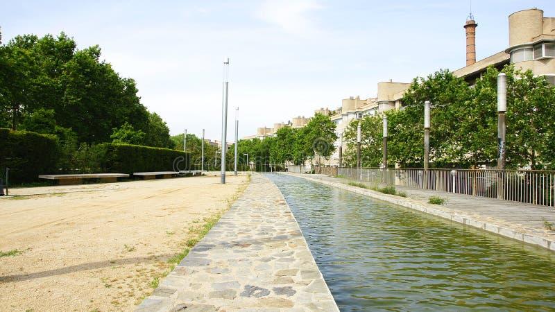 Kanal av trädgårdarna av Carles I royaltyfri bild