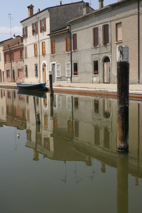 Kanal in Italien lizenzfreies stockfoto