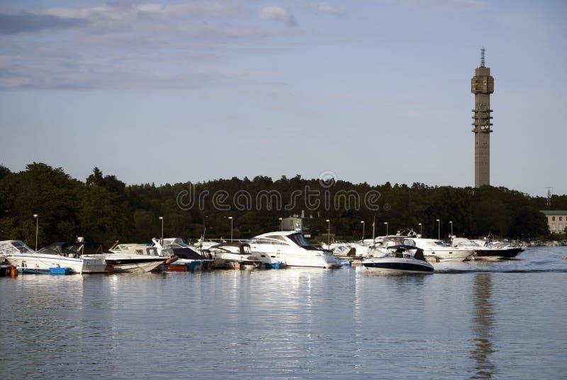 Kanal mit Booten in Stockholm Schweden stockbild