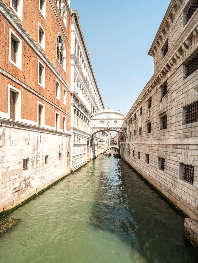 Kanaler av Venedig royaltyfria foton