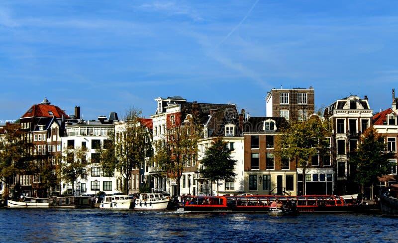 Kanalkryssning i Amsterdam arkivfoton