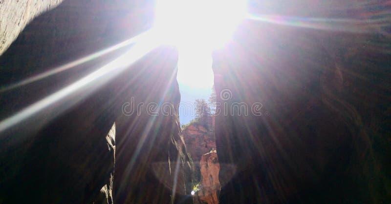 Kanarra zatoczki jar z Sunbeams fotografia stock