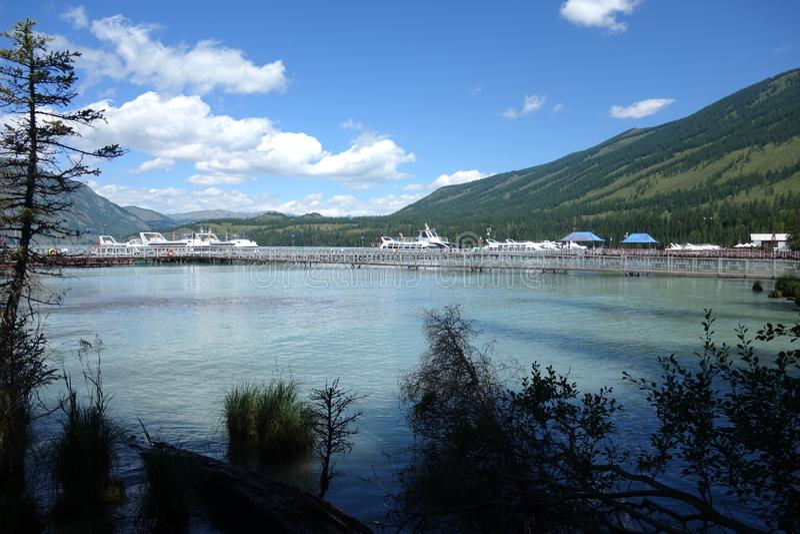 Kanas jezioro, Xinjiang, Chiny obrazy stock