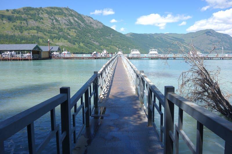 Kanas jezioro, Xinjiang, Chiny zdjęcie royalty free