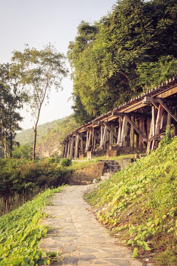Kanchanaburi del ponte ferroviario thailand immagine stock libera da diritti