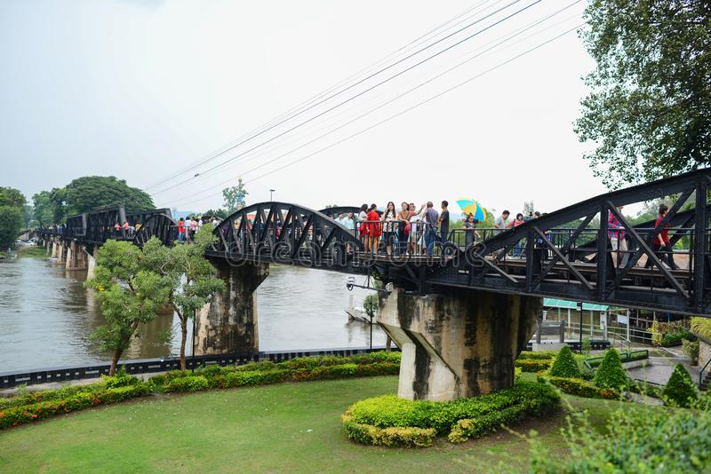 Kanchanaburi - la Tailandia - 5 ottobre 2018: Fila del risciò in Mallika immagini stock libere da diritti