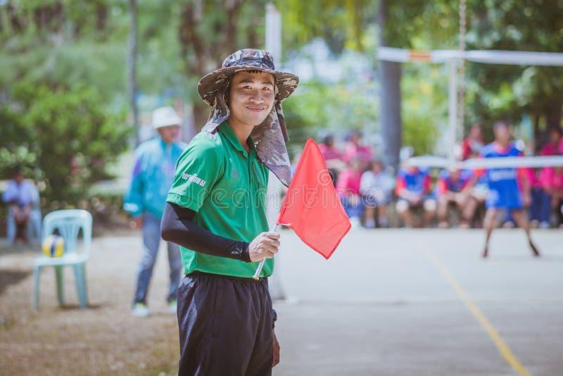 KANCHANABURI THAÏLANDE - 3 OCTOBRE : Lignes non identifiées de volleyball photo libre de droits