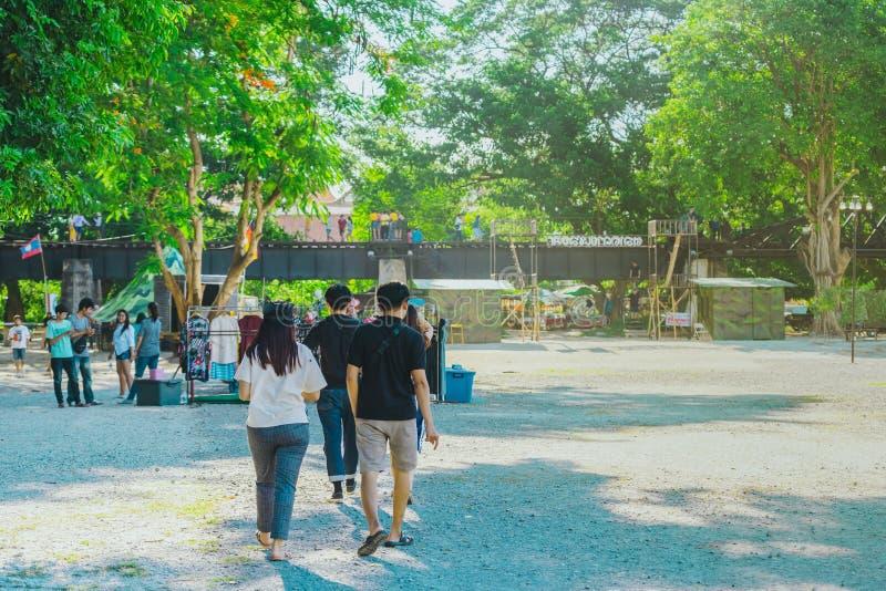 KANCHANABURI THAILAND-JULY 16,2019: Rękodzieła, domowej roboty jedzenie, bawełna odzieżowa i więcej od lokalnych producentów, prz obrazy stock