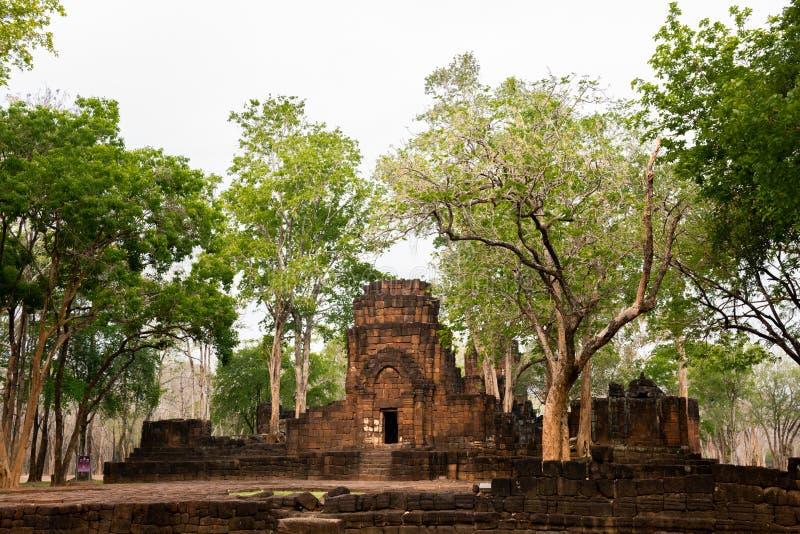 Kanchanaburi, Thailand - Maart 26, 2016: Prasat Muang zingt Historisch Park Het merkte de Westelijke grens van de Khmers in Thail royalty-vrije stock afbeeldingen