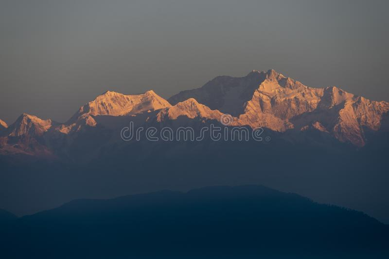 Kanchenjunga berg i morgonljus, västra Bengal, Indien arkivbild