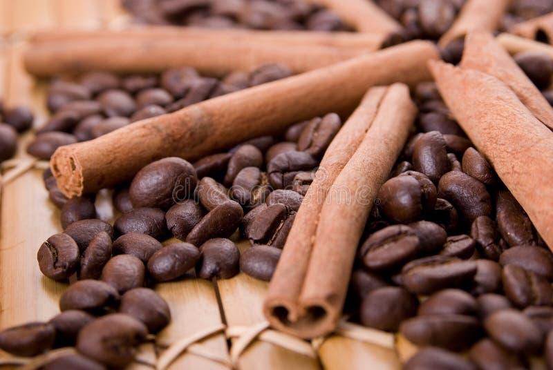 kanelbrunt kaffe royaltyfria bilder