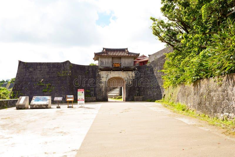 Kankaimon von Shuri-Schloss, Japan lizenzfreies stockbild