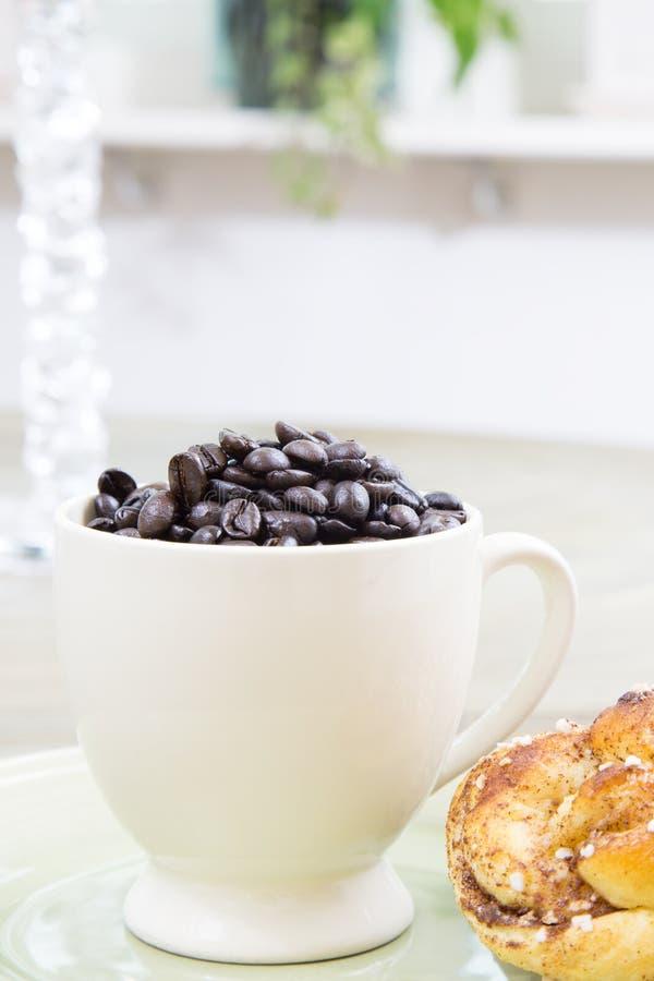 Kann ich einen Tasse Kaffee bitte erhalten stockbilder