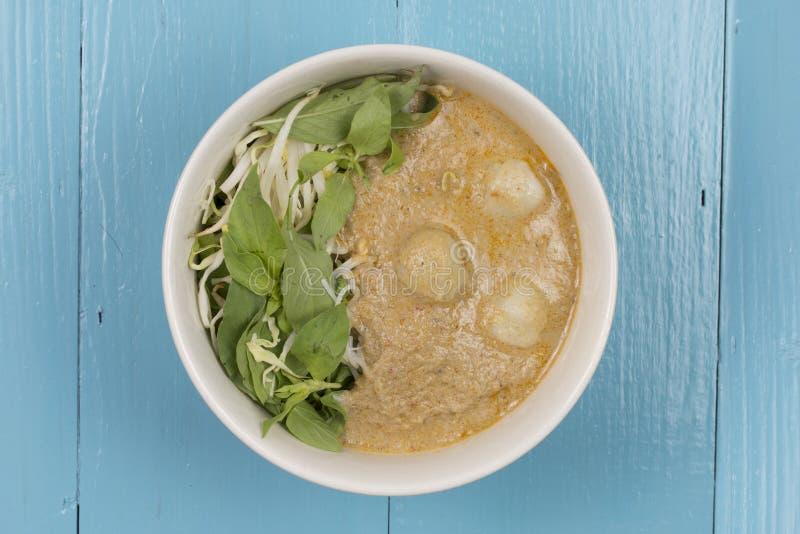 Download Kanom Jeen Le Ya De Nam : Nouilles De Riz En Sauce à Cari De Poissons Image stock - Image du déjeuner, cuillère: 76086999