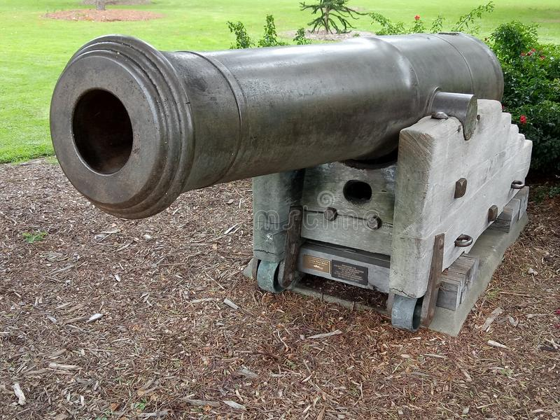 kanon royaltyfria foton