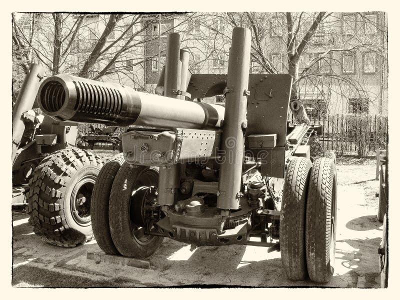 kanon från tiden av världskrig II arkivfoto