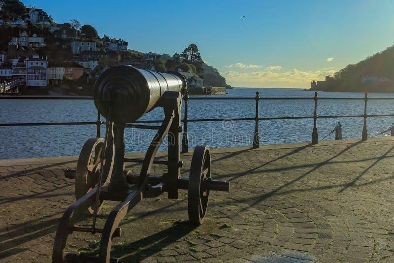 Kanon op de kade in Dartmouth Devon het UK royalty-vrije stock fotografie