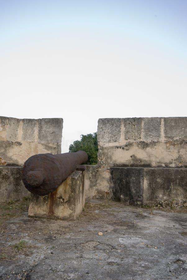 Kanone in Fortaleza lizenzfreie stockbilder