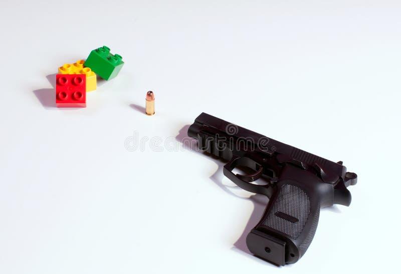 Download Kanonnen rond kinderen stock foto. Afbeelding bestaande uit connecticut - 29507838