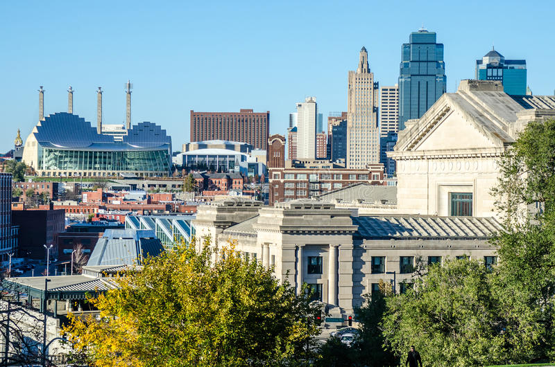 Kansas City-Ansicht des Stadtzentrums lizenzfreie stockfotos