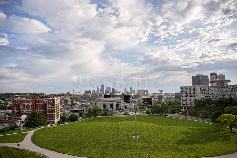 Kansas miasta Missouri linia horyzontu, zjednoczenie stacja, budynki, zdjęcie stock