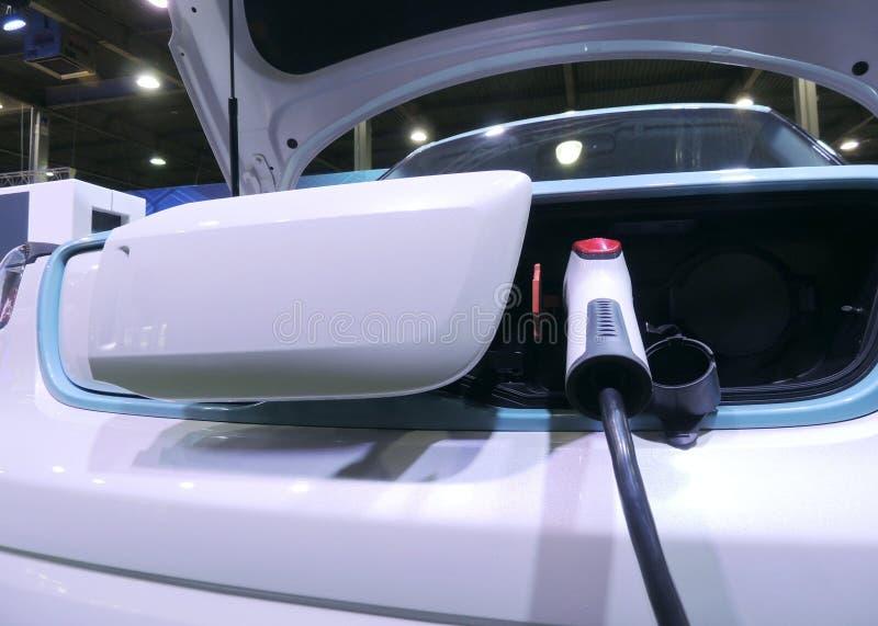 Kantoorbehoeftenpunt van snel het laden voor elektrische voertuigen royalty-vrije stock afbeelding