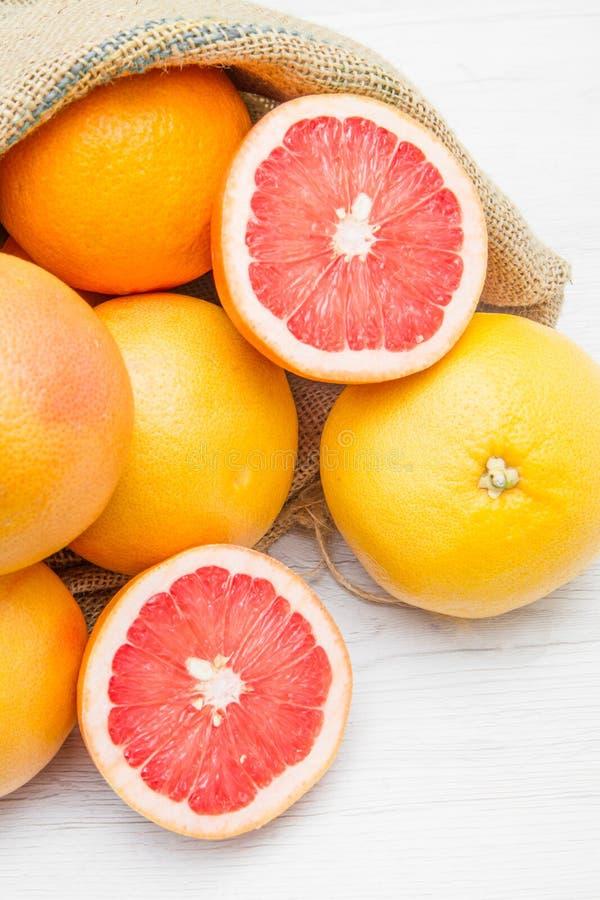 Kanwy workowy pełny grapefruitowy zdjęcia stock