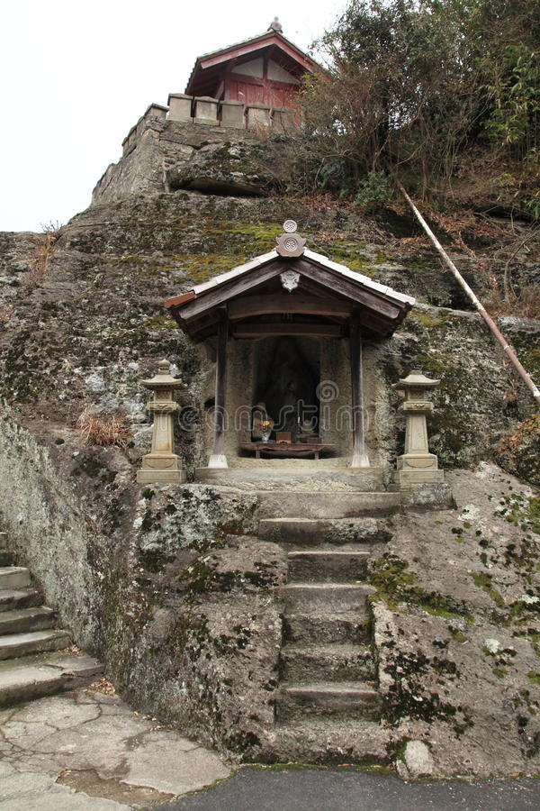 Download Kanzenon-Tempel In Ginzan Silberbergwerk Iwami Stockfoto - Bild von denkmal, dunkel: 47101398