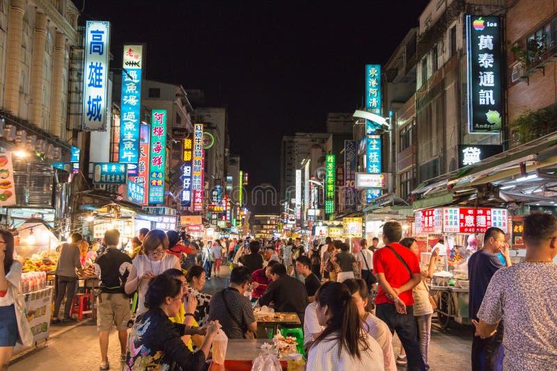 KAOHSIUNG TAJWAN, APR, - 20: Tajwan unikalna kultura, noc Baza fotografia stock
