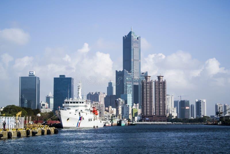 Kaohsiungs-Hafen lizenzfreie stockbilder