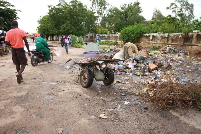 Kaolack' rua de s em Senegal fotografia de stock royalty free
