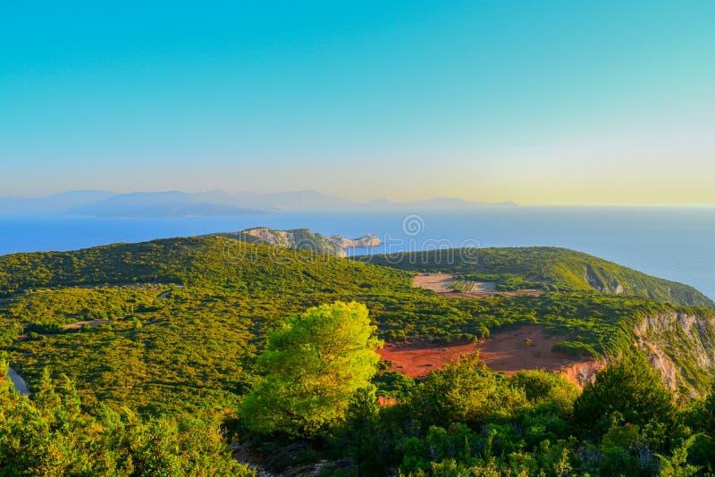 Kap Lefkatas während der goldenen Stunde auf der Insel von Lefkas in Griechenland stockbild
