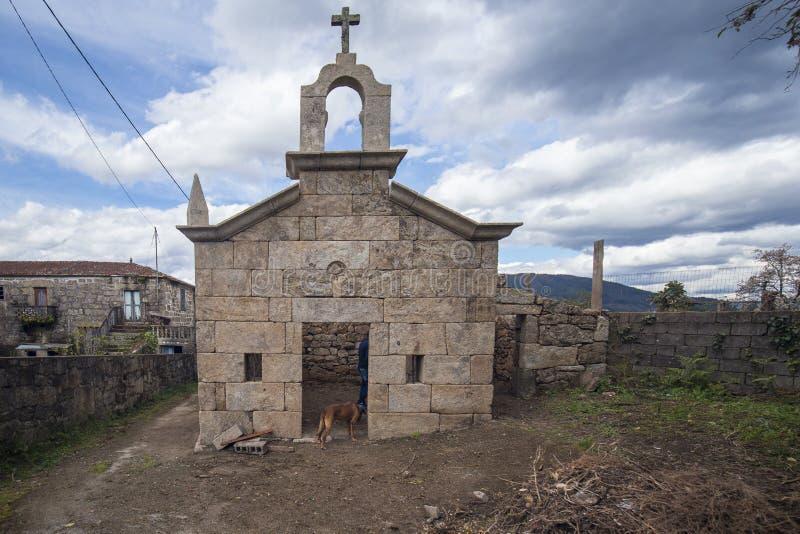 Kapell i den religiösa stenen i återställande, Portugal fotografering för bildbyråer