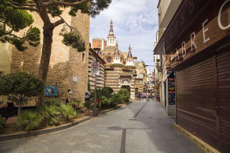 Kapell i Lloret de Mar Kyrka av Santa Roma i centret som byggs i gotisk stil royaltyfri foto
