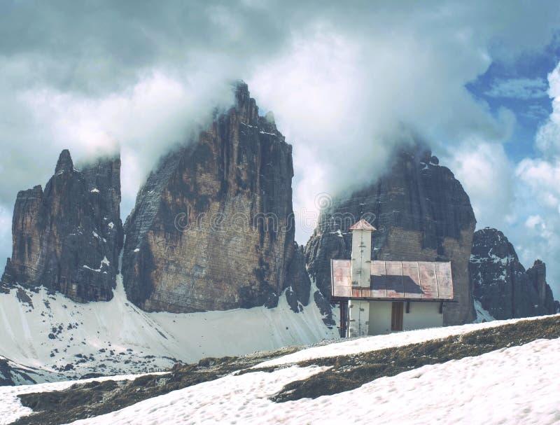 Kapelle Chiesetta Alpina Kapelle an Tre Cime-Chalet stockfotografie