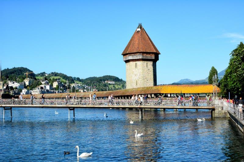 Kapellen-Brücke, Luzerne, die Schweiz stockfotos