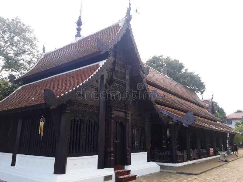 Kapellet av templet i Chiang Mai, Thailand royaltyfri foto