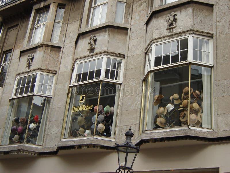 Kapelusze przechują w Bonn obraz stock