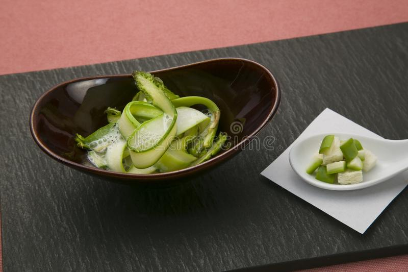 Kapiąca świeża, pokrojona Tochigi prefektura Ueno& x27; s najlepszy asparagus zdjęcie royalty free